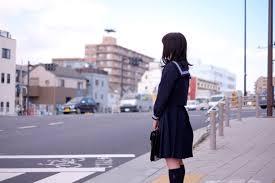 girl stopping